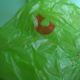 タイでは毎月4日はノーレジ袋デイという店も!一方東京はゴミを売る?